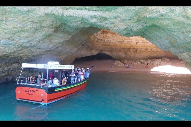 Desde Portimão: Crucero en catamarán de 2,5 horas a las cuevas de Benagil, Portimao, PORTUGAL