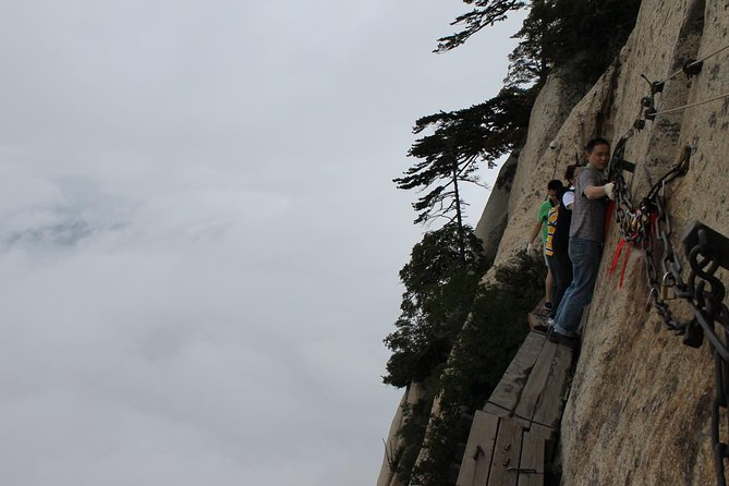 Private Day Trip to Mount Hua from Xi'an with English Driver Guide, Sian, CHINA