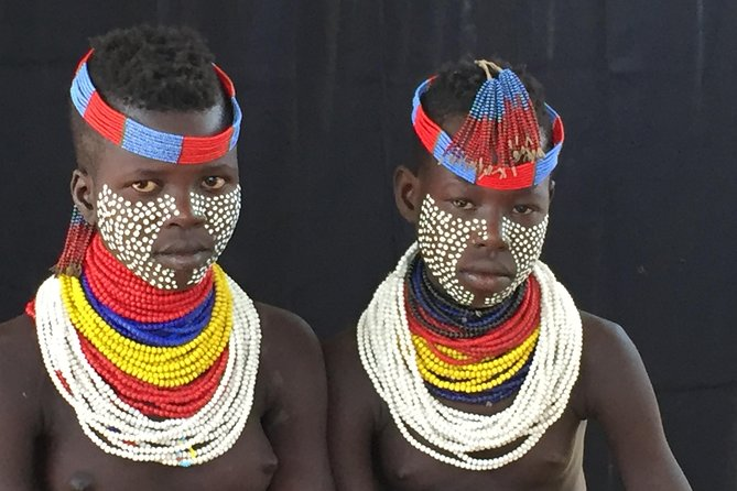 This tour will start in Arbaminch and ends in Arbaminch. But we can customise the program up on the request. let you discover five indigenous tribes of Africa in the omo valley home for thee divers and distinct tribal groups spectacular nature and reserve , relaxing and spotting birds on the rift valley lakes, get up close and interact with tribes.<br><br>