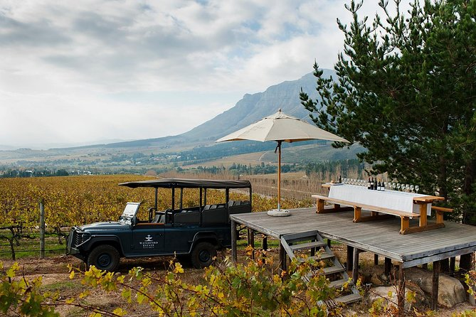 Discover the very best of both Stellenbosch and Franschhoek winelands as you sip on the best wine South Africa has to offer. Learn about the rich history of winemaking and indulge in a regional food and wine pairing with biltong, chocolate and local cheese.