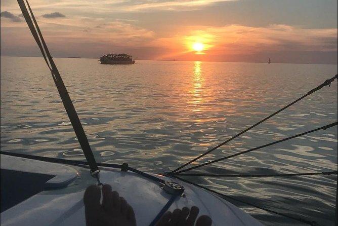 Crucero al atardecer con celebración con champán, Cayo Hueso, FL, ESTADOS UNIDOS