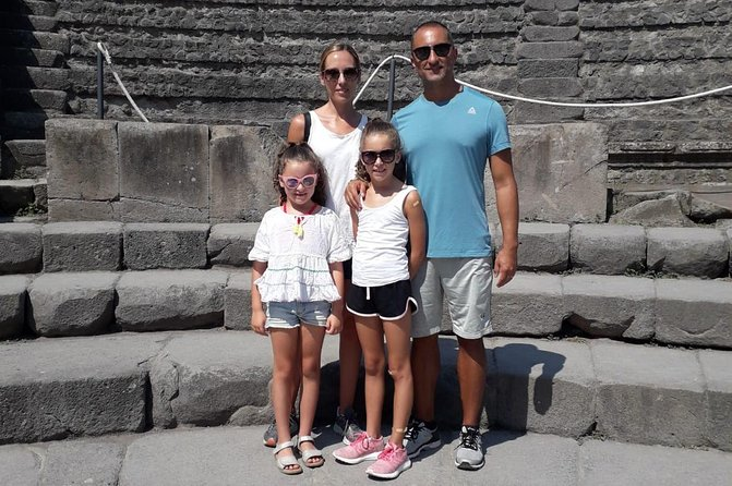 Semi-Private Tour of Pompeii Ruins for Kids & Families with Child Friendly Guide, Pompeya, ITALY