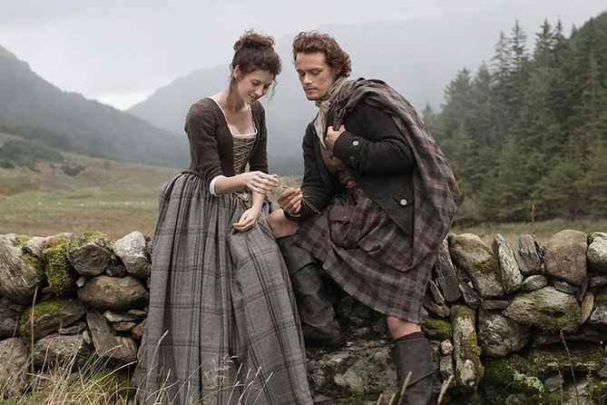 George will personaly guide you through time pointing out all the references to the Outlander Series in the Highlands. Visit the Culloden Battlefield and other areas where Claire and Jamie travel.