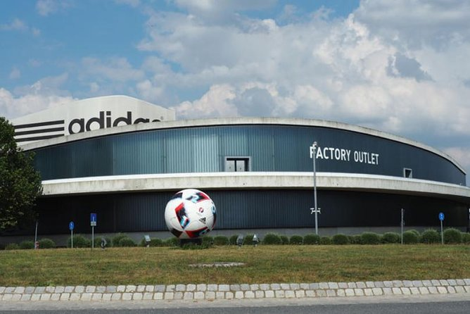 MAIS FOTOS, Nuremberg World War 2 and Puma and Adidas Factory Outlet