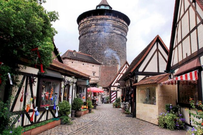 Nuremberg Old Town With Christmas Market Tour, Nuremberg, Alemanha