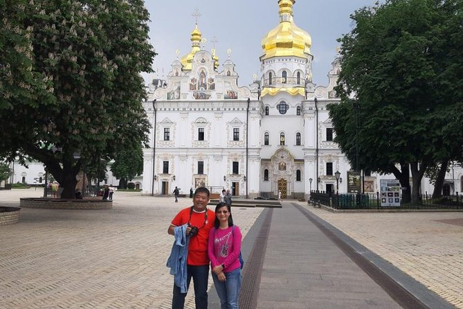 Discover all the must-visit sights of Kyiv on a cheerful combo tour with a private local guide.<br><br>During the first part of the tour, you will get acquainted with the most popular Kiev attractions, including the Golden Gates, St. Volodymyr's Cathedral, Opera and Ballet Theater, Andriivsky Descent, St. Sophia Cathedral and much more. Your guide will share with you the most interesting facts about the history and present of our beautiful city.<br><br>Then, you will visit an iconic landmark of Kyiv – UNESCO-listed Kyiv Pechersk Lavra and uncover all its secrets. You will visit ancient caves, where the relics of saints are kept, and explore the upper territory of Lavra.<br><br>This comprehensive 5-hour combo tour is a perfect choice for the first-time visitors of Kiev as it gives a complete overview of the city and provides you with memorable impressions.