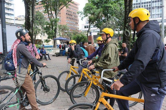 Tour Compartido en Bicicleta en La  Candelaria Bogotá, Bogota, COLOMBIA