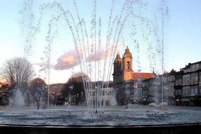 Excursión de un día a Guimarães y Braga desde Oporto con tour en autobús con paradas libres por Oporto, Oporto, PORTUGAL