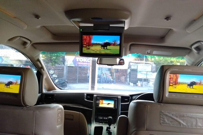 """We are a local Bali Tour Service with a very reliable and trustworthy team and more than 5 years of experience. We are proud to offer you, many different kind of Bali Tours Packages, such as Bali Special Day Tour, Bali Full Day Tours, Bali Half Day Tours, Bali Activity Tours and Bali Airport Transfer during your holiday in """"the Island of Paradise""""."""