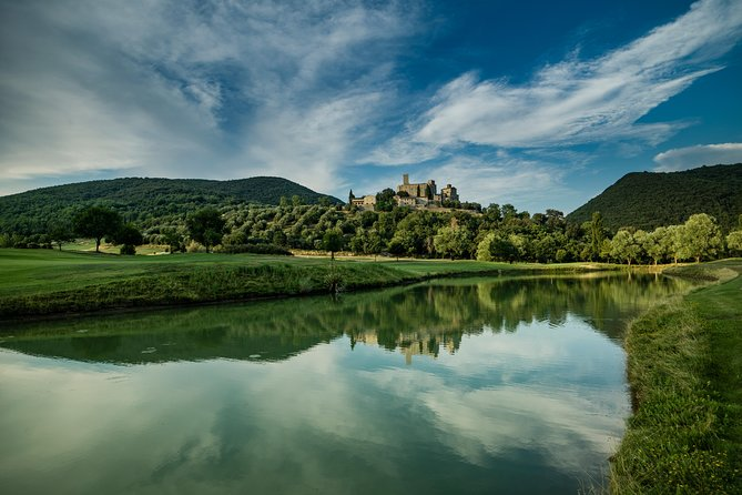 Golfing day experience in Umbria, Perugia, ITALY