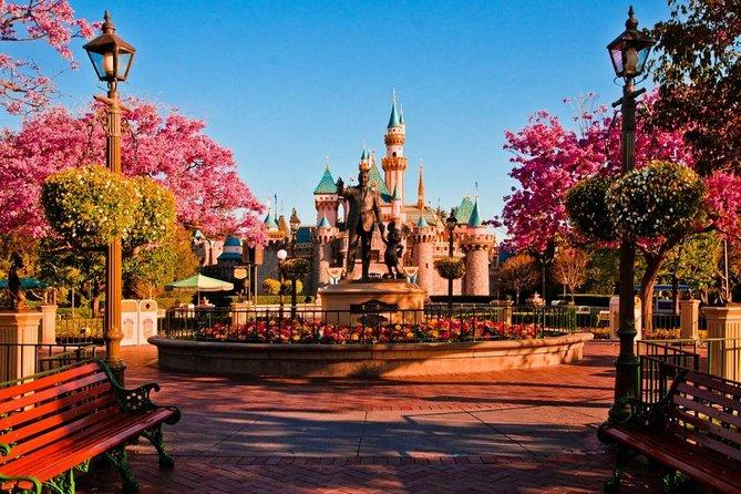 Disneyland Paris Admission Ticket, Marne-la-Vallee, FRANCIA