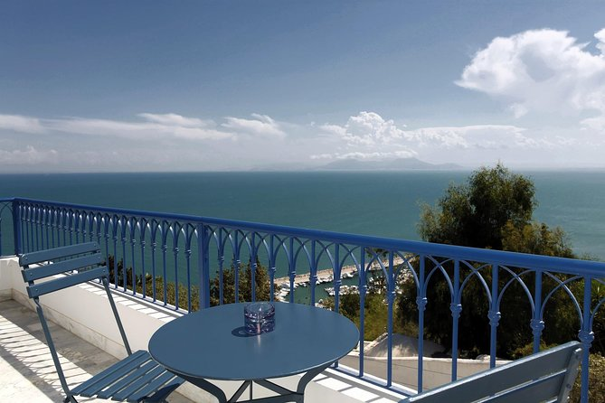 Artistic Sidi Bou Said Walking tour, Tunez, Tunisia