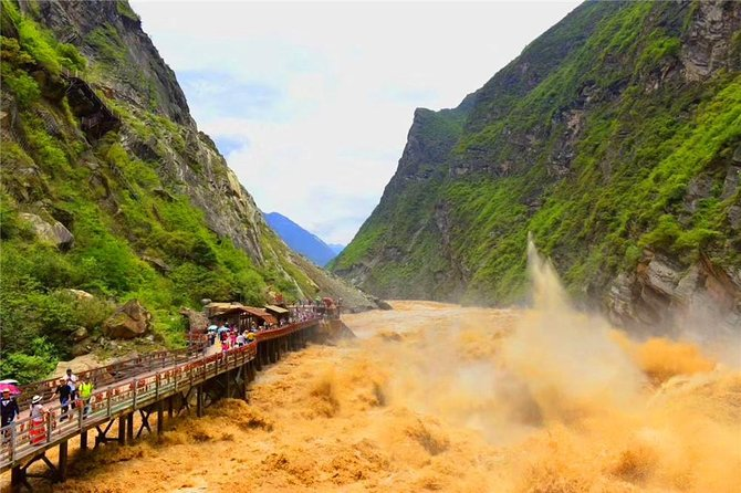 Lijiang and Shangri-La 3 Day Small Group Tour, Lijiang, CHINA