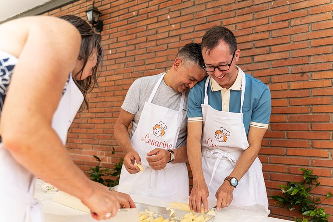 Local market visit and private cooking class at a Cesarina's home in Parma, Parma, ITALIA