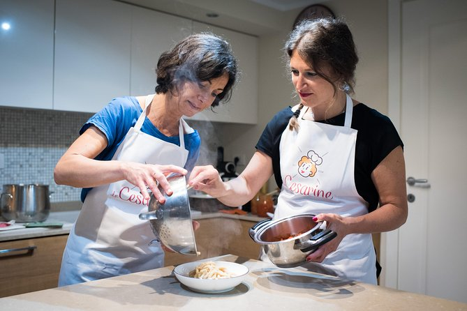 Private cooking class at a local's home with lunch or dinner in Parma, Parma, ITALIA