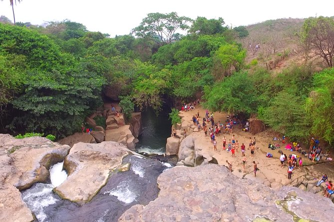 A special visit to a hot water waterfall, where you can take a swim, a big jump, and later visit two important archeological sites in the west of El Salvador.
