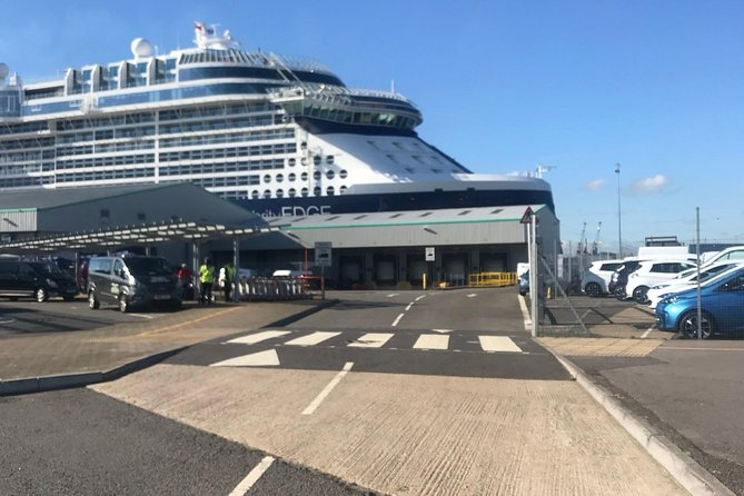 Private transfer from Southampton cruise terminal to gatwick airport, Southampton, INGLATERRA