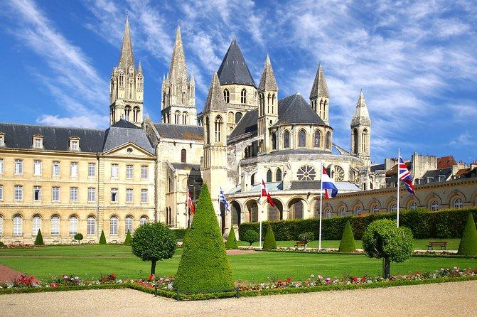 3-Days Guided Normandy, St Malo, Mont Saint Michel & Loire Castles from Paris, Paris, FRANCIA