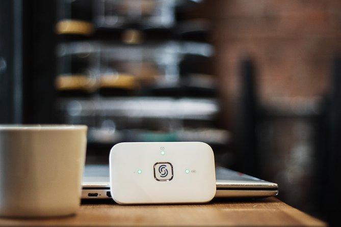 Bruges: Unlimited 4G Internet in the EU with Pocket WiFi, Brujas, BELGICA