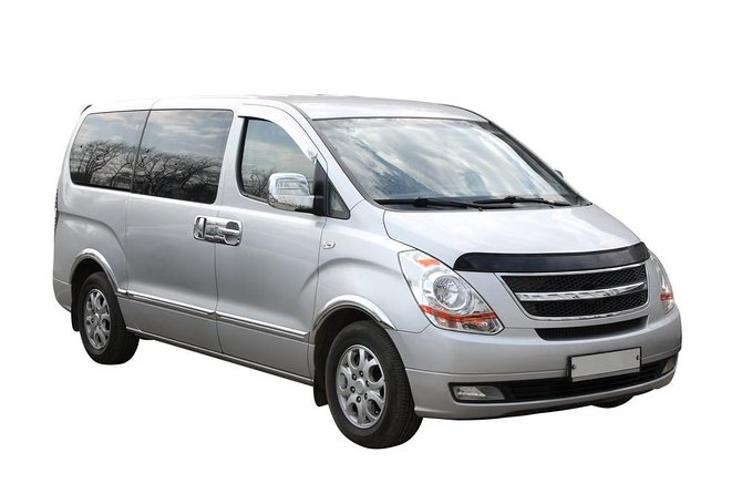 Round trip transfer in private minivan from-to Quebec Airport-YQB-City Center, Quebec, CANADA