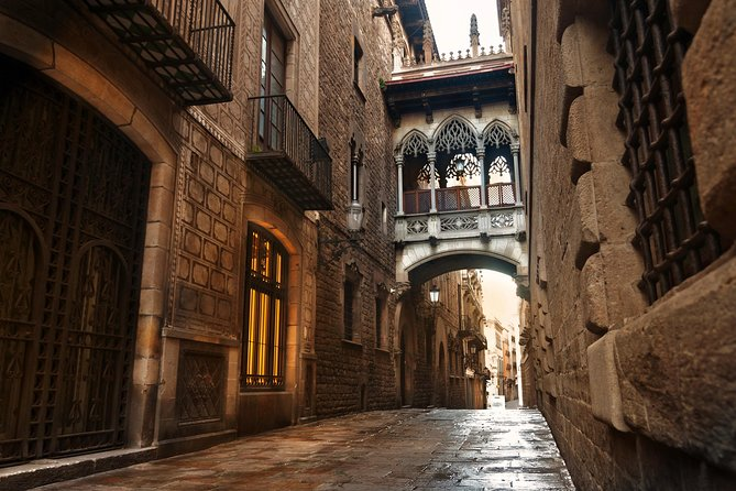 New Tour! Our Gothic Quarter walking tour explores the historical centre of Barcelona. In a small group with a licensed guide, discover narrow streets and charming squares while you learn about the history of Barcelona, architecture and current affairs.<br><br>• New tour, introductory price<br>• Small groups of maximum 10 people. The reduced size of the group allows for a better quality visit. Please note that our groups are significantly smaller than those of the main tour organizers in Barcelona<br>• In English. With no mixed languages on the same tour<br>• Licensed guides only. We make an effort at selecting the best possible guides<br>• Interaction welcome. You will be welcome to ask questions and interact with our guide and other members of the tour. The size of the group makes this possible<br>• Duration: 1h 30min. Walking distance: 500 meters approximately