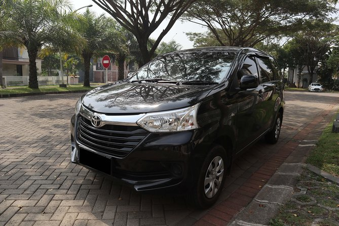 - Friendly english speaking driver who knew Malang's best tourism spot.<br>- The car is very well maintained.<br>- Enjoy the convenience of pick-up and drop-off services from any places in Malang city.
