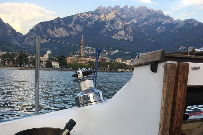 Sunset Sailing Experience on Lake Como, charming dinner on board., Bergamo, ITALIA