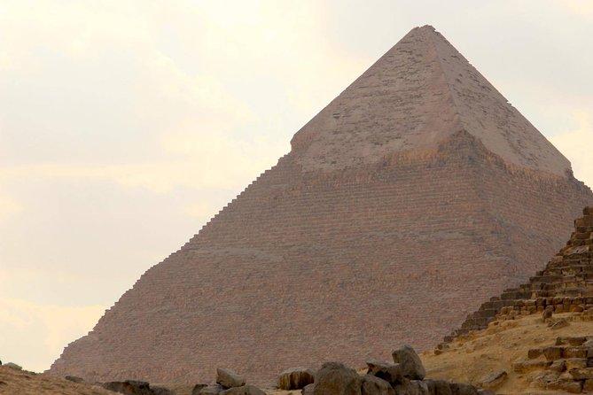 Excursão de dia inteiro saindo de Cairo: as pirâmides de Gizé, Esfinge, Mênfis e Saqqara, El Cairo, Egito