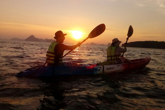 Krabi kayak at Ao Thalane, Krabi, TAILANDIA