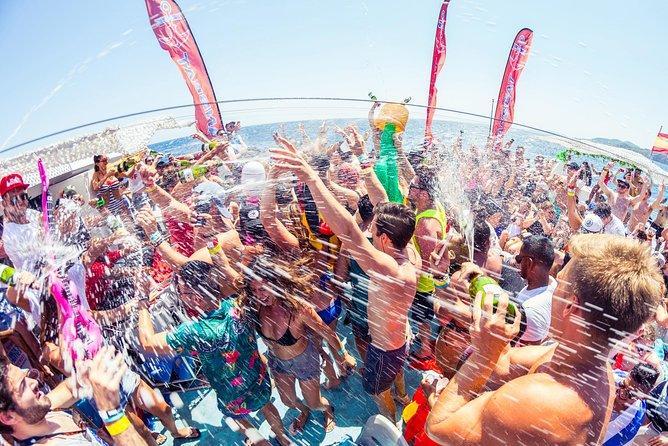 Fiesta en barco Oceanbeat en Ibiza con todo incluido, Ibiza, ESPAÑA