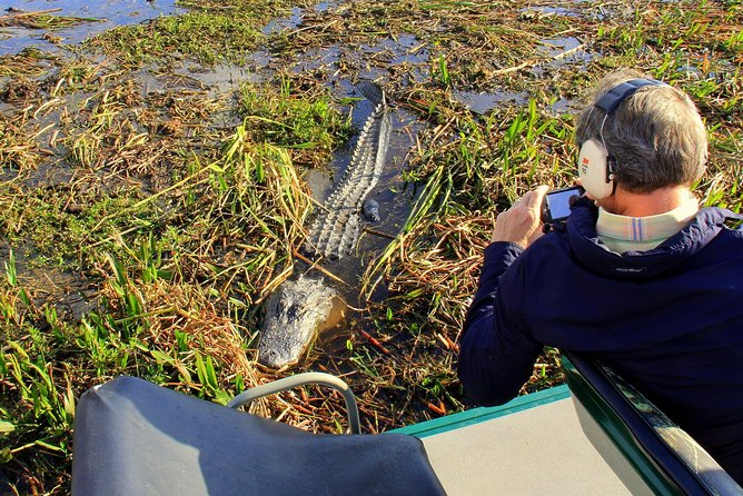 Explore the natural side of Florida and experience its peaceful beauty on an adventure through the Florida Everglades. This ultimate Florida experience includes a 30-minute or 1-hour airboat tour, admission to the Wildlife Park and demonstrations. Upgrade to the half-day package to include a barbeque lunch and an alligator souvenir!