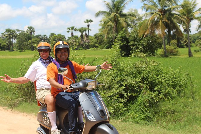 Escape the tourist hub of the heritage town and take to the beautiful countryside that exists in the shadow of Angkor Wat, riding pillion on our modern Vespas. This insightful tour with a local flavour opens up a vast and varied landscape of colourful village, country and rural life almost too remote to reach any other way!<br><br>We start the tour at APOPO, a landmine clearing organization that's uses Hero Rats to sniff out the deadly explosives. Then we use small paths and back streets to lead you out of the city. <br><br>Then we'll take you to stunning and peaceful pagoda, teach you about Khmer spiritual belief systems, and organize a Buddhist blessing. <br><br>We'll then meet the locals and gain a fascinating insight into the patterns of daily life that have changed very little since the time of the temples. We'll meet a family of rattan weavers, taste delicious sticky rice grilled in bamboo, meet a local medicine man, and much more!