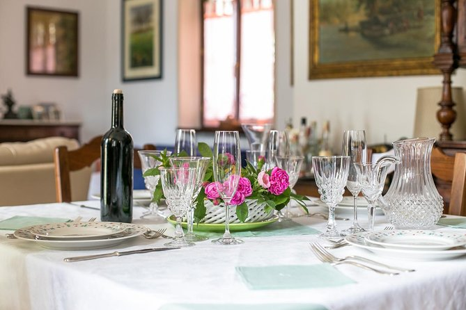 Small Group Market tour and Dining Experience at a Cesarina's home in Aosta, Aosta, ITALIA