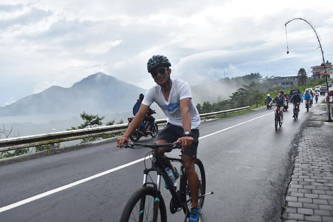 Experience a day up northern Ubud on this full day private cycling tour. You will have a two hour downhill cycling adventure through the countryside while viewing the scenic Bali landscape, local temples and rice fields. You will get to see the daily life of the Balinese people while being entertained and learning more about the Balinese culture. Full hotel transfers, breakfast and lunch included