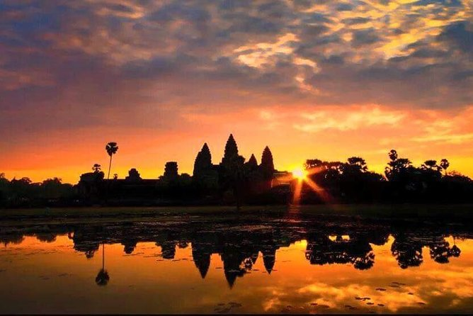 Go on a One Full-Day private tour with professional English speaking driver who takes you to the best the temples in the Angkor region. Claim your amazing experience with us. Appreciate a flexible itinerary so you can set your own pace and see more of what you love from local villages to authentic cuisine and of course, stunning temples.