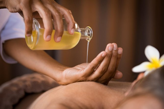 A whole body massage with specific ayurvedic oils to nourish and revitalize the body tissues (dhatus) and to allow the toxins to be removed from the cells. Abhyangam has much deeper and more for reaching effects than an ordinary massage using ayurvedic oils. Abhyangam achieves deepest healing effects by naturally harmonizing Body, Mind & Spirit. It is one of the most rejuvenating treatments of Ayurveda.