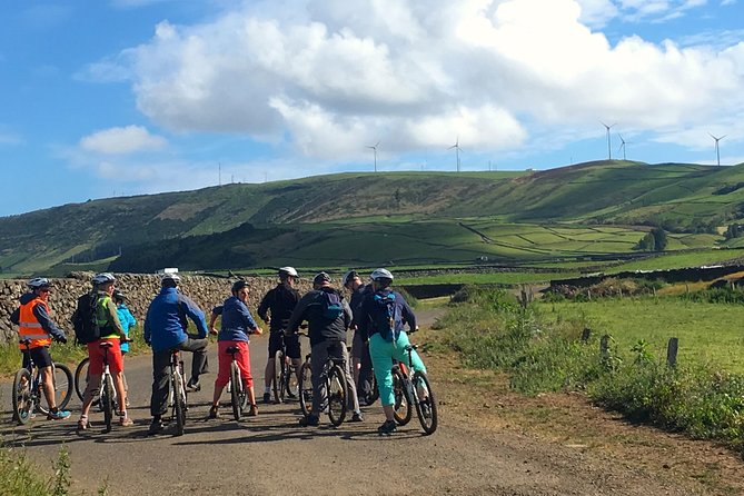 Ride in one of the biggest volcanic craters in the Azores. <br>Cross pasturelands, overpass cows and get amazed with the clouds changing all the time. <br>Relax and let all go with the flow, taking the island time and feeling the slow pace of the bucolic landscape while crossing the tectonic plates.