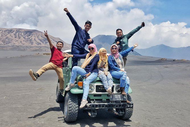 - Explore the beauty of Mount Bromo in the Bromo Tengger Semeru National Park (TNBTS) East Java, with all destination including: Sunrise view point, Love hills, Dinosaurs valley, the crater, Mt Bromo's temple, black-sand desert and savannah.<br>- Enjoy the convenience of pick-up and drop-off from start point (Rest Area Gubuk Klakah)<br>- Including Gasoline and friendly driver with basic english speaking.