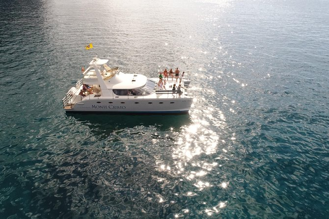 Limited to only 12 passengers per tour, there is plenty of space that makes the experience more exclusive and private. Sightseeing the magnificent coastline of the island, while enjoying the opportunity of whale watching and meeting dolphins. All tours include a quality selection of food, snacks, and drinks.
