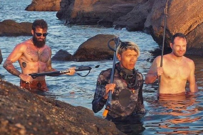 MÁS FOTOS, OnBird - South Phu Quoc Spearfishing - 12 hours - Vehicle : Army Jeep