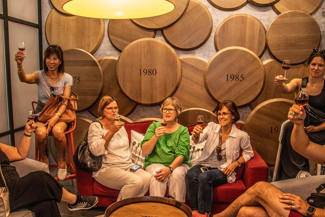 Douro Valley Historical Tour with Lunch, Winery Visit with Tastings and Panoramic Cruise, Oporto, PORTUGAL