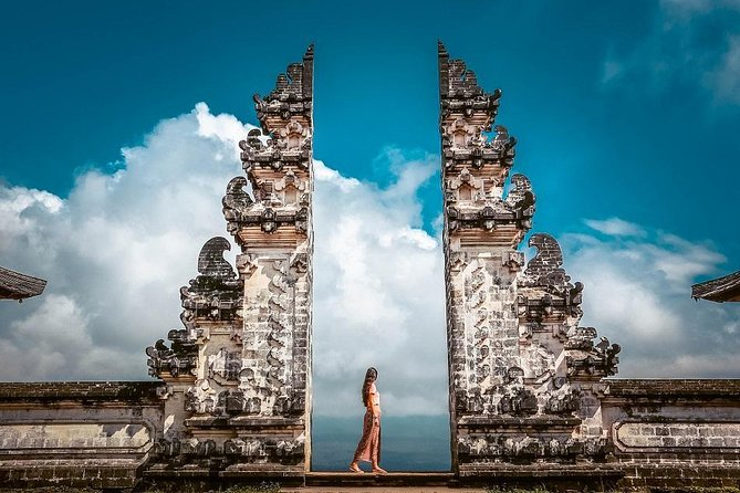 Exploring Bali in 5 Days Program offer a great experience to explore the whole Bali.<br><br>On the first day, the tour will be started at 08.00 and end around 18.00. You will be taken to explore the central Part of Bali.<br><br>On the second day, the tour will be started at 08.00 and end around 18.00. You will be taken to explore the western part of Bali. <br><br>On the third day, the tour will be started at 08.00 and end around 18.00. You will be taken to explore northern part of Bali.<br><br>On the fourth day, the tour will be started at 07.30 and end around 18.00. You will be taken to explore eastern part of Bali.<br><br>And on the fifth day, the tour will be started at 13.00 and end around 21.00. You will be taken to explore southern part of Bali. <br><br>The tour will be lead by English speaking driver who will escort you to all places on the itinerary, pass the local knowledge, showing the best spot for photography. Please read more information about the itinerary on tour details.