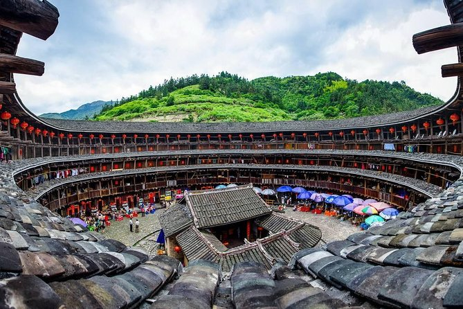 Tour Guide and Car: Private Day Tour to Tianluokeng Tulou and Gaobei Tulou, Xiamen, CHINA