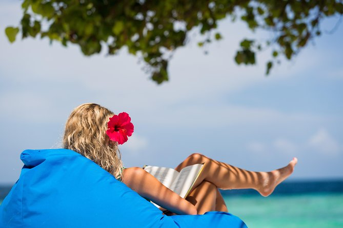 Malahini offers you the opportunity to enjoy every moment you spend in Maldives with its unique values and facilities.