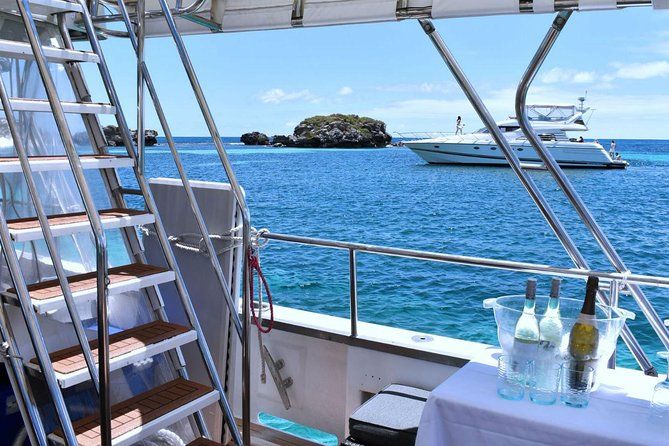 Rottnest Island Wild Seafood Package with Round Trip Ferry from Perth, Perth, AUSTRALIA