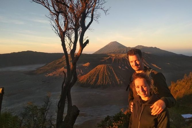 Marvel at the majestic sunrise on top of the world renowned Mount Bromo.<br><br>Capture the pictures of a lifetime at Penanjakan summit.<br><br>Stay 1 night accommodation in Mount Bromo.<br><br>Visit Madakaripura Waterfall, a wonder of nature.<br><br>Single Travelers are Welcomed.<br><br>Fully English Speaking Guide.
