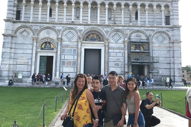 Skip-the-Line Private Tour of Leaning Tower & Pisa Top Attractions w Local Guide, Pisa, Itália