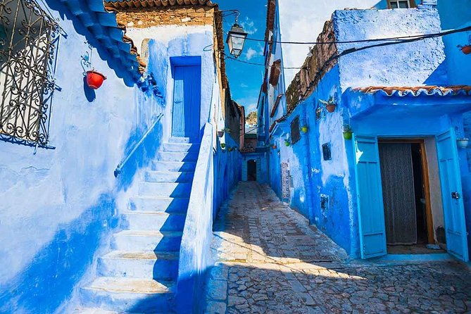 Enjoy a day trip to Chefchaouen, one of the most beautiful towns in the Rif Mountains. Known for its shady valleys, and medina of white houses with blue doors, Chefchaouen offers visitors the charm of a city that has preserved traditional Moroccan arts. Visit the The main square in the heart of Chefchaouen and features a kasbah built in the 16th century, a central mosque, and cafés with authentic Moroccan menus. The busy market offers a mix of traditional Moroccan wares and souvenirs, with some excellent bargains.