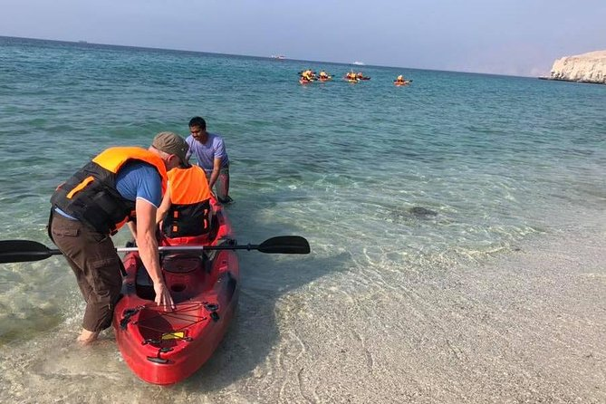 Take a Kayak from us and Paddle smoothly along the Fjord Khor Sham and experience the natural beauty of the Fjord. It is a unique way to experience the majesty of Musandam, watching the sea life below, listening to the sounds of the birds and hugging the coast line. Only experienced paddlers are advised to part take the Kayaks and will fully be on their own responsibility. <br>