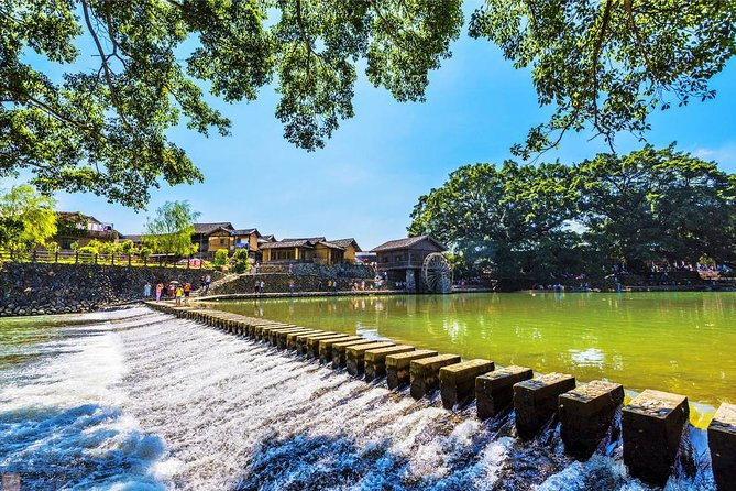 Tour Guide and Car: Private Day Tour to Tianluokeng Tulou and Yunshuiyao Village, Xiamen, CHINA